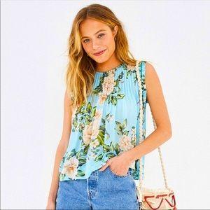NWOT FARM RIO top blouse Viscose